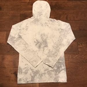 lululemon athletica Shirts - Lululemon Metal Vent Tech Hoodie Sz S White Grey